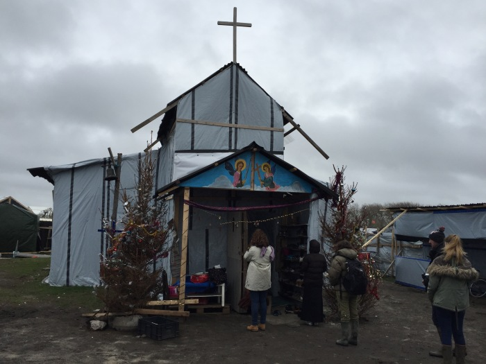 st_michaels_church_calais_jungle_entrance